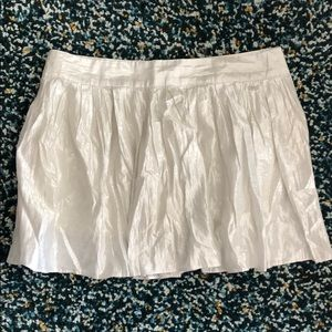 ‼️2/$30‼️ Aeropostale cute white sliver mini skirt